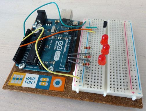 Arduino Uno mit Temperatursensor und LED Anzeige